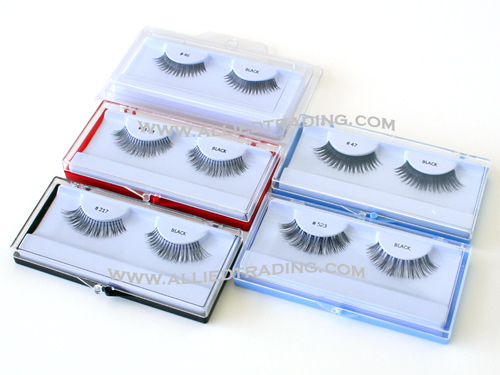 Eyelash casesold in bulk. Wholesale eyelashes cases, Sold in pack or carton box quantities. Available in black, red, blue, crstal clear color. Eyelash case with hang tab.