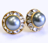 AR141 faux pearl stud earrings, 11mm, gold finished